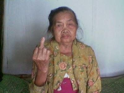 Foto Model Rambut Nenek