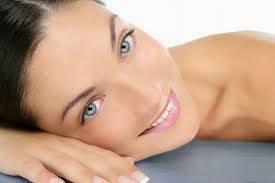 trucco naturale, pelli secche, pelli sensibili, creme, antiage, idratare, tonificare