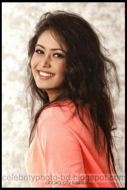 Beautiful+Model+Ashna+Habib+Bhabna001