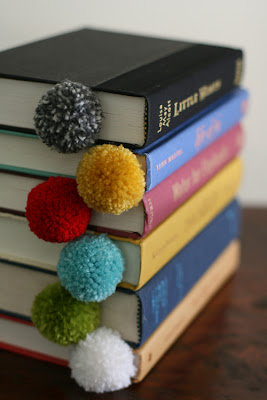 pom pom bookmark tutorial