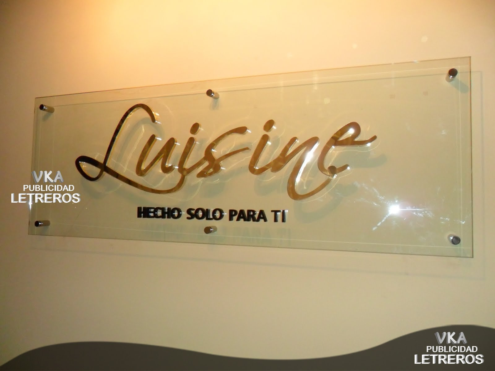 luisine - LETREROS EN VIDRIO DE CRISTAL