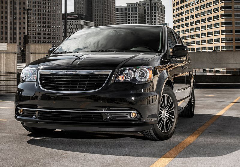 chrysler town and country s 2013. Cars Review. Best American Auto & Cars Review