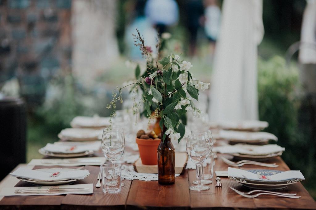 Bohemsk dukning till bröllopsfest