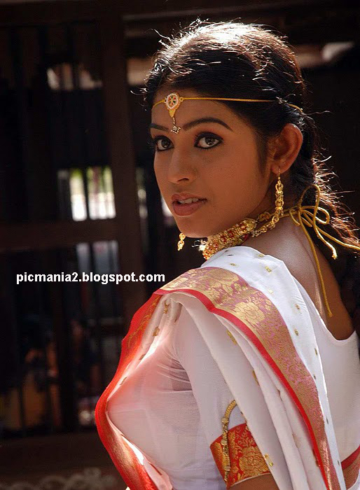 South indian actress    prathishta hot image