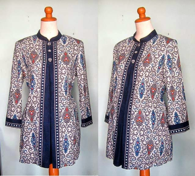 Kombinasi Baju Hamil Muslim Batik Kerja Terpopuler