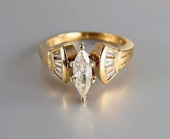 https://www.etsy.com/listing/177656935/vintage-14k-diamond-engagement-ring-semi?ref=favs_view_3