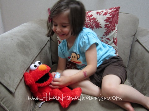 LOL Elmo squeaker