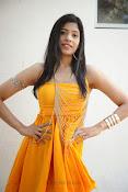 actress pragathi hot photos in yellow-thumbnail-9