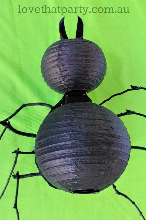 giant spider lantern DIY Halloween home decor