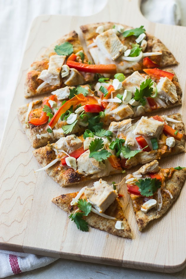 thai-curry-naan-pizza