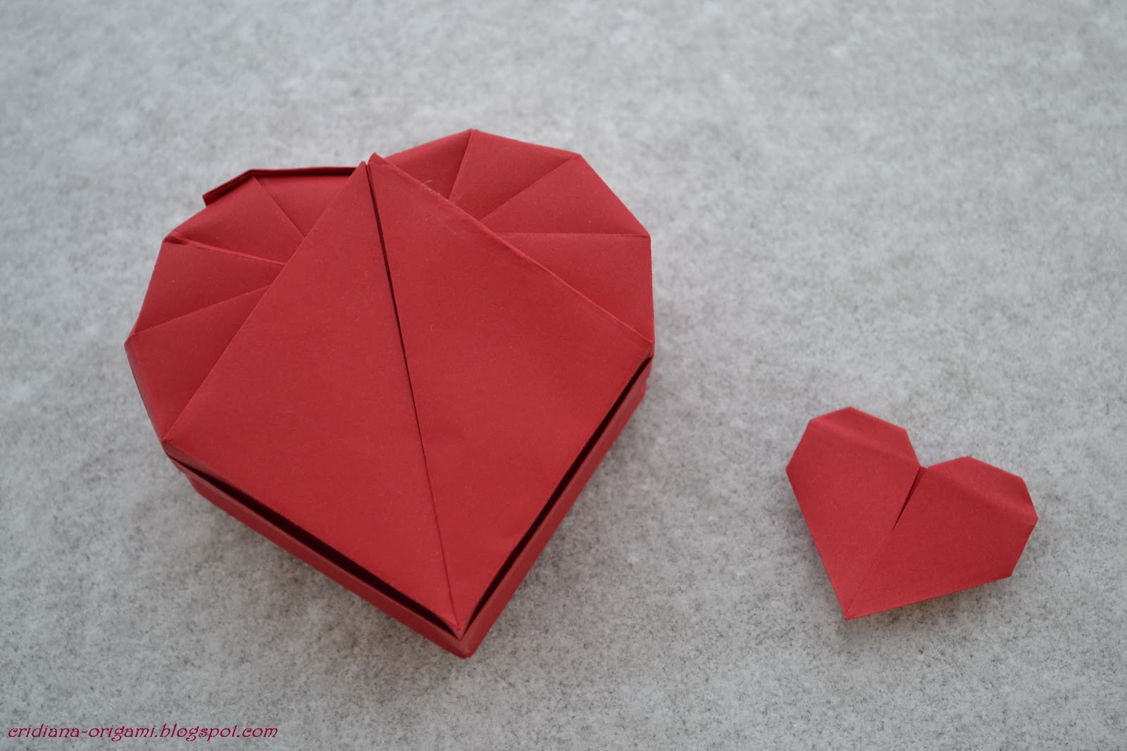 lets make origami heartbox
