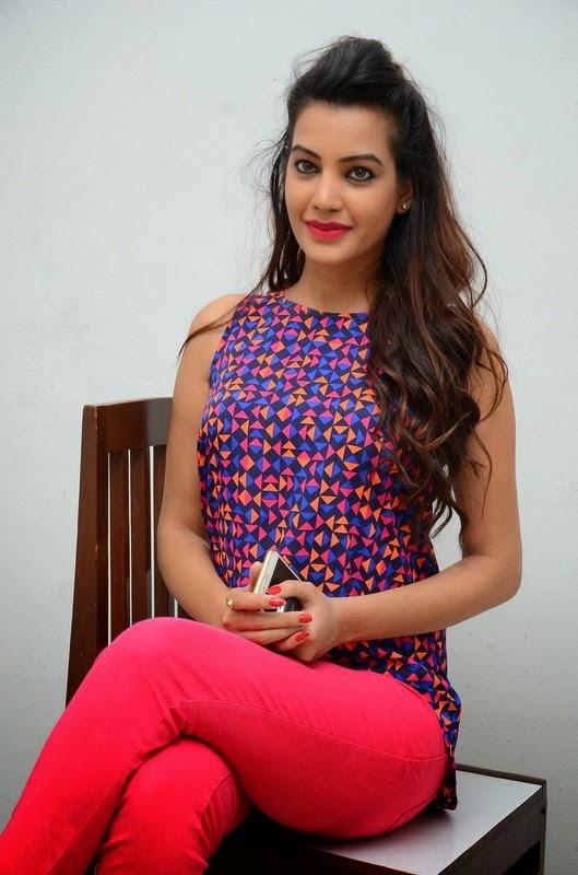 Actress Diksha Panth Latest Cute Stills