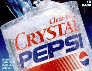 """Crystal Pepsi, um """"super fracasso"""" parecido ao da New Coke."""