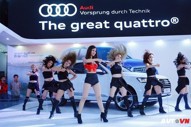 Ca sĩ Đông Nhi khuấy động gian hàng Audi