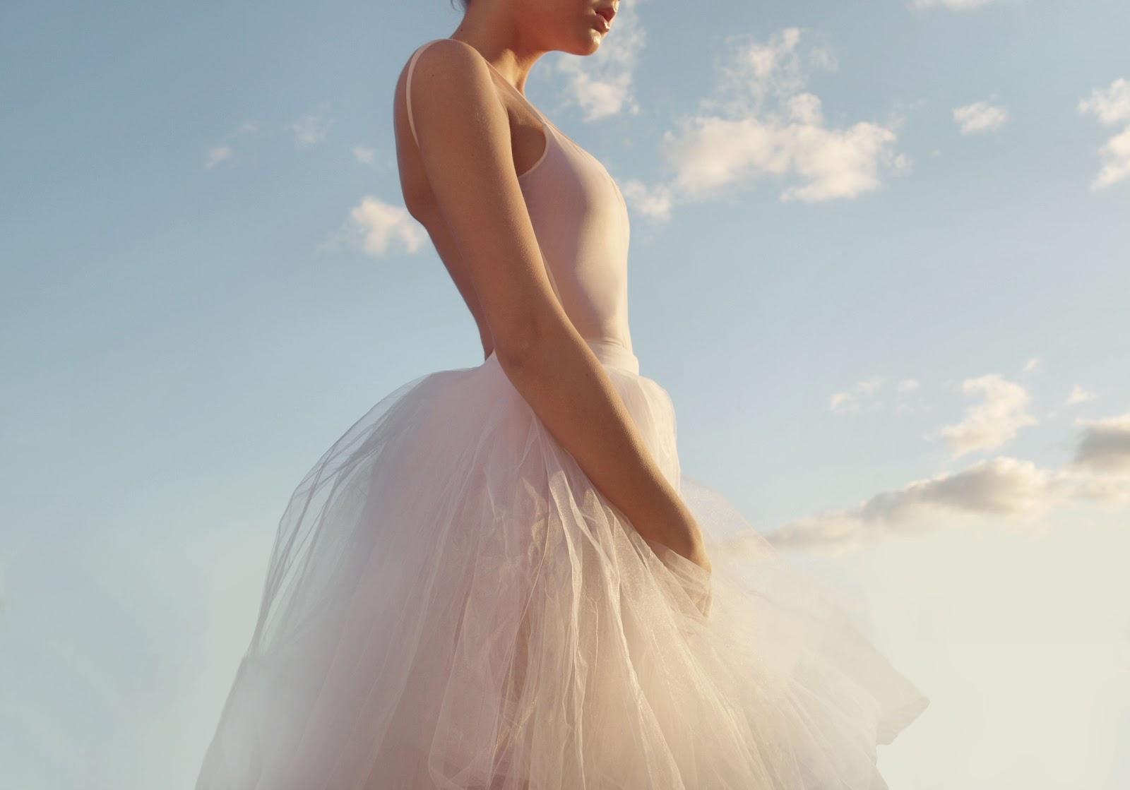 http://4.bp.blogspot.com/-6yCX-K_lt98/T7gwpB-ZMMI/AAAAAAAAB1g/bn9lvzWiKHg/s1600/balerina8.jpg