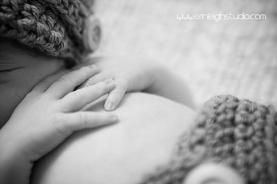 newborn photographer overland park, ks