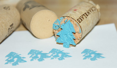 Easy DIY Hand Carved Wine Cork Stamps - DIY Christmas Tree Upcycled Wine Cork Stamps
