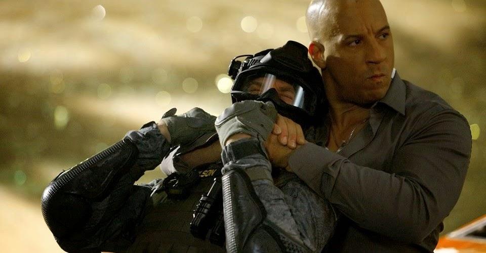 Mais ação no trailer internacional de Velozes e Furiosos 7, com Dwayne Johnson, Vin Diesel e Jason Statham