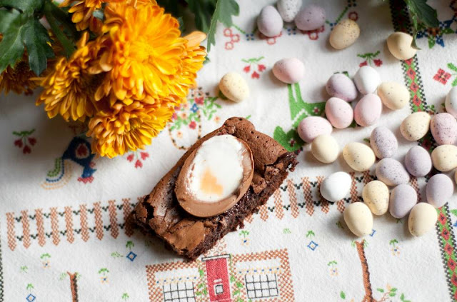 creme, egg, brownies, recipe, baking, easter, lifestyle, blog, blogger, uk