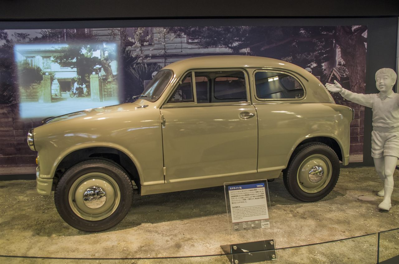 Suzuki Suzulight, kei car, mały samochód, japońskie, niewielki silnik, zdjęcia