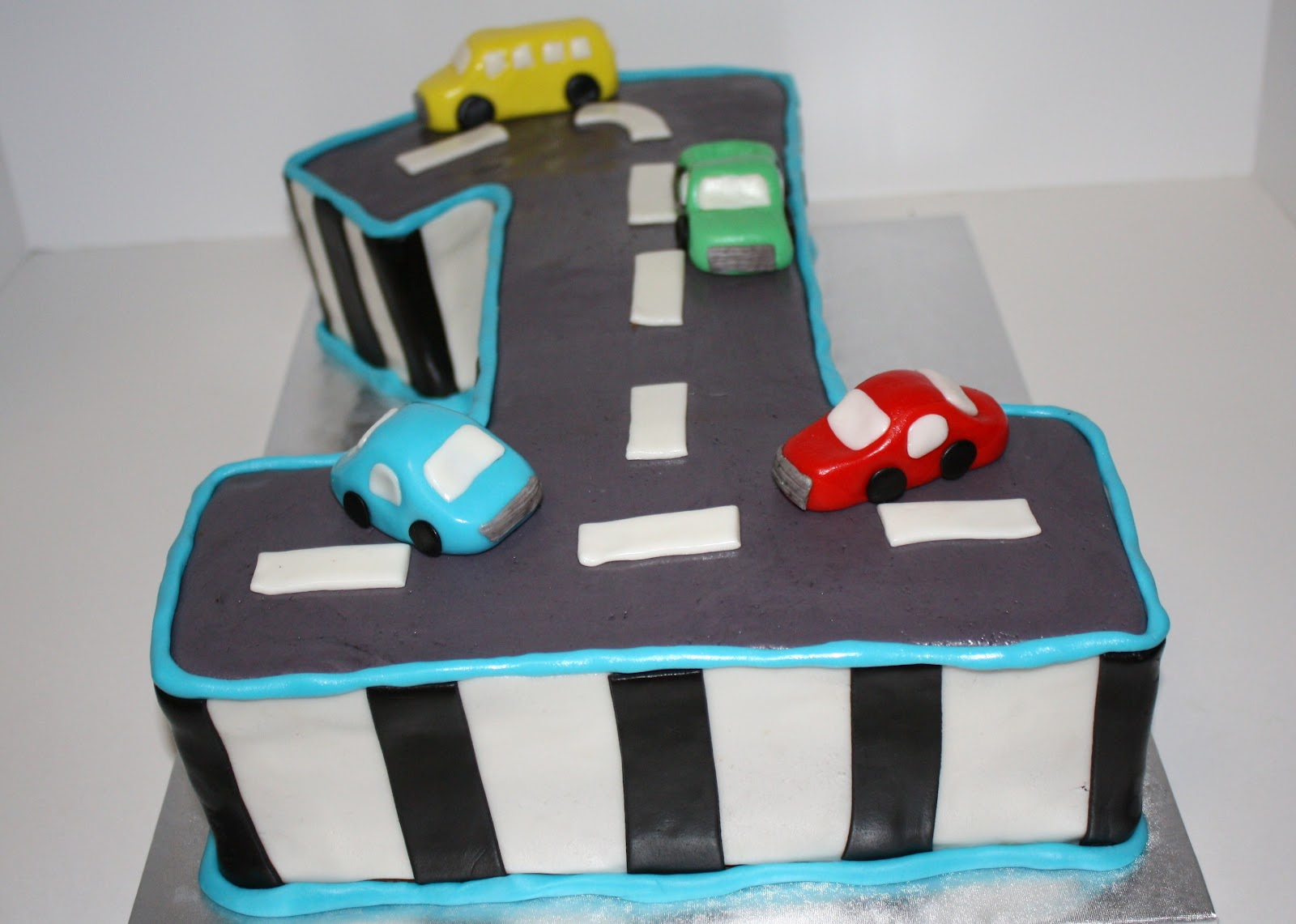 1st birthday cake cars