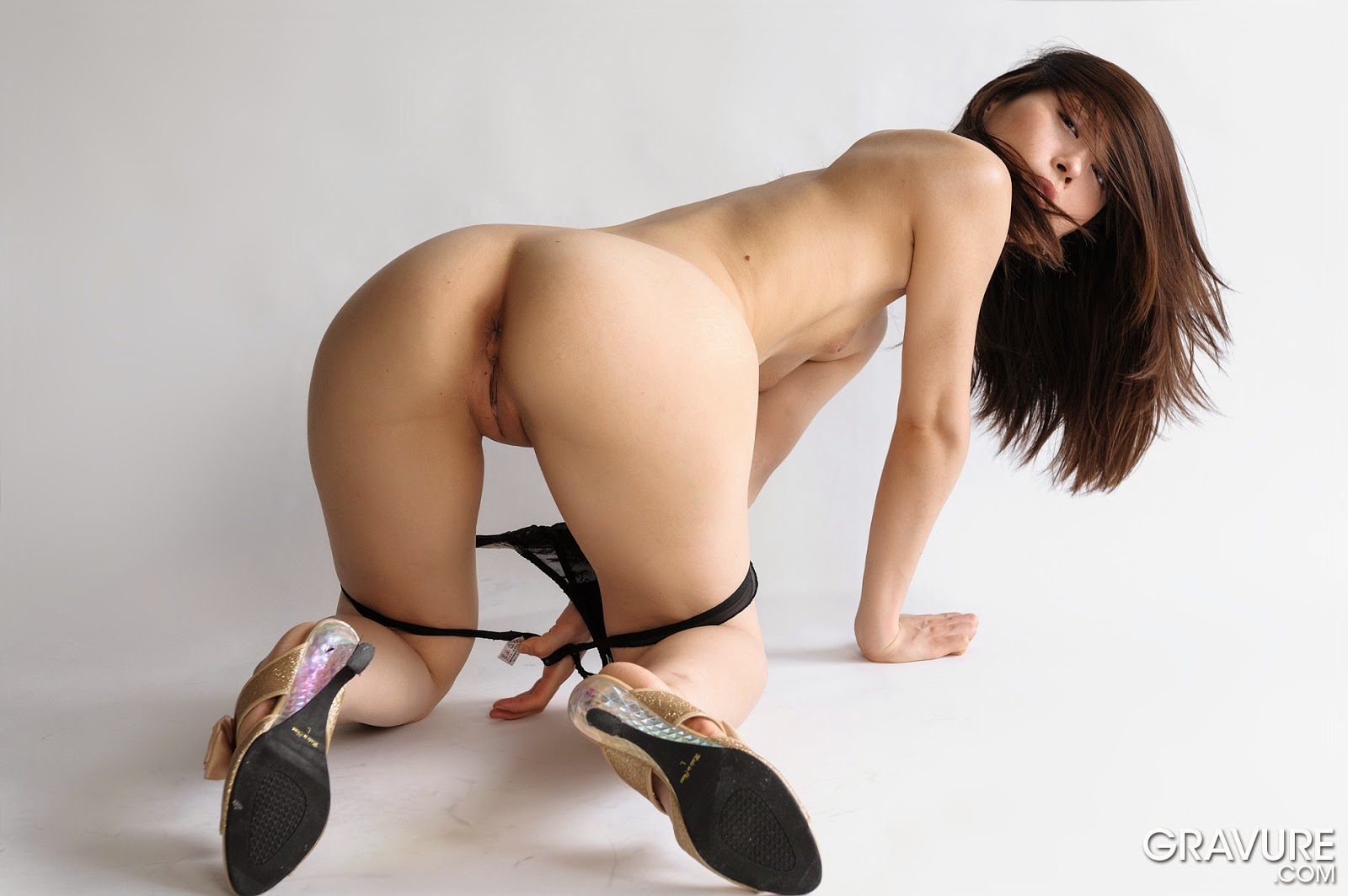 naked japan model pussy