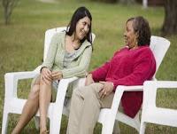 Tips Mencuri Hati Ibu Mertua