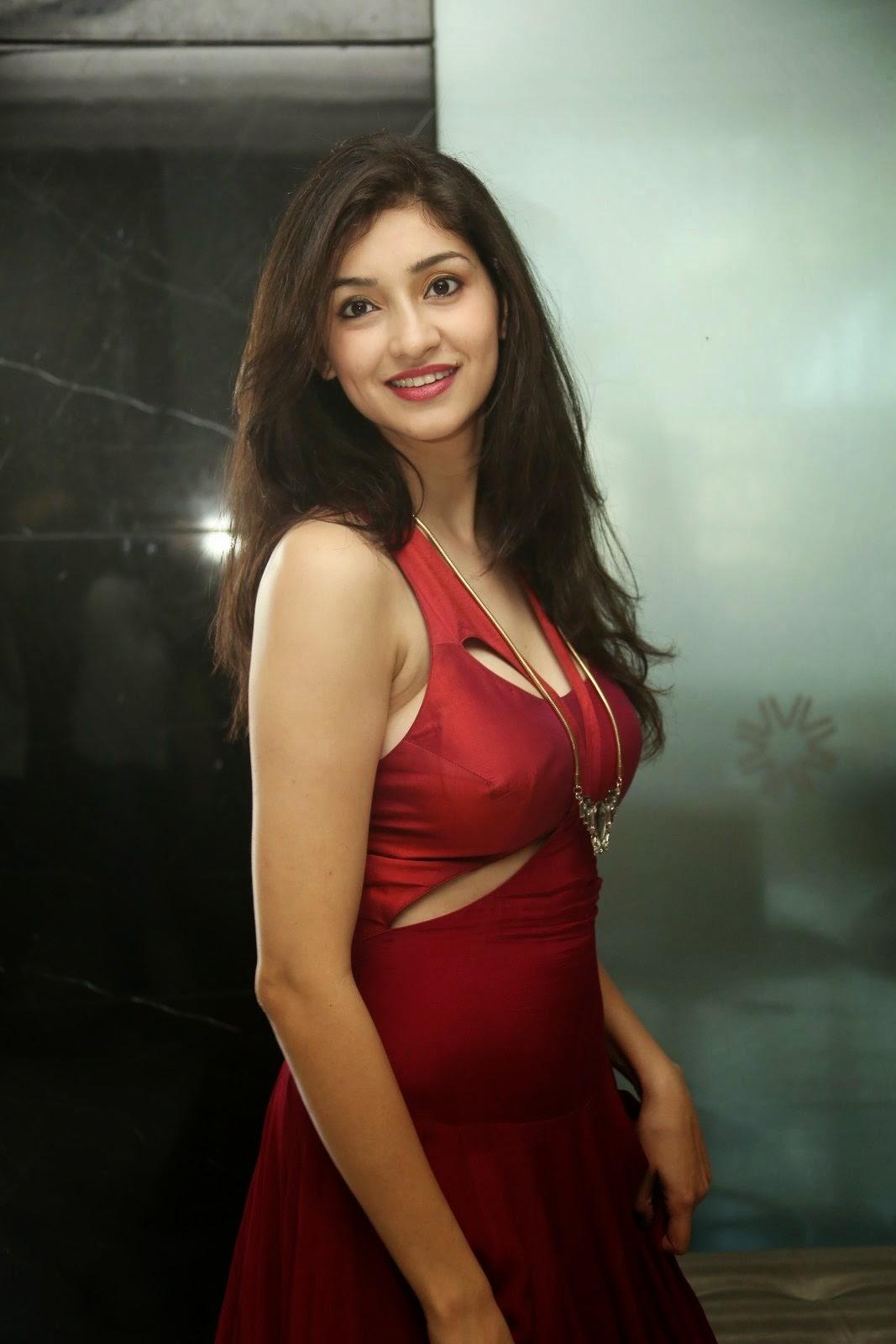 Tanvi Vyas Latest Photos Gallery