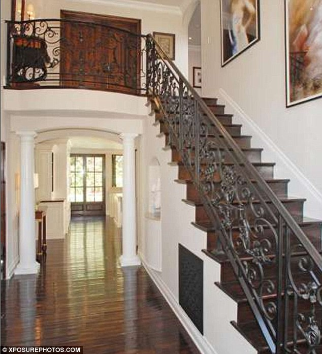 Picture of hallway and the staircase