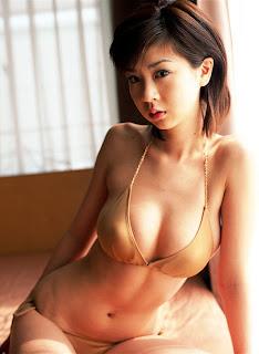 Aki Hoshino Hot Pictures