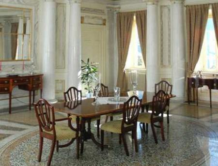 Muebles y decoraci n de interiores los dise os italianos - Muebles italianos clasicos ...