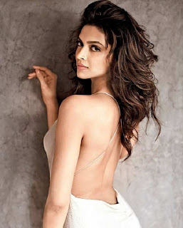 Back Side of Deepika Padukone with boyfriend