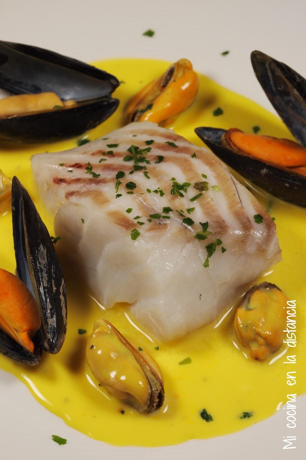 Cocinar Mejillones En Salsa | Mi Cocina En La Distancia Bacalao Con Mejillones En Salsa De Azafran