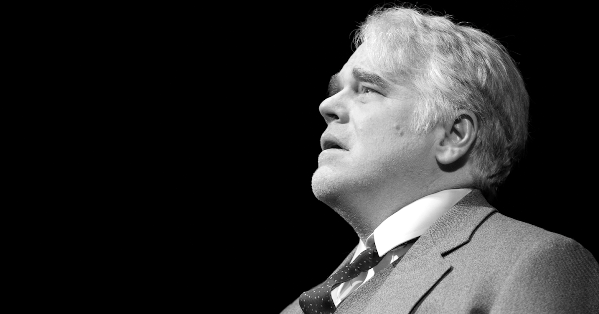 death of a salesman wife linda What is the story of death of a salesman set in the late 1940s, death of the salesman follows traveling salesman willy loman (philip seymour hoffman) as he slowly unravels the play explores the complicated family relationship between willy, his wife, linda (linda emond), and their adult sons, biff.