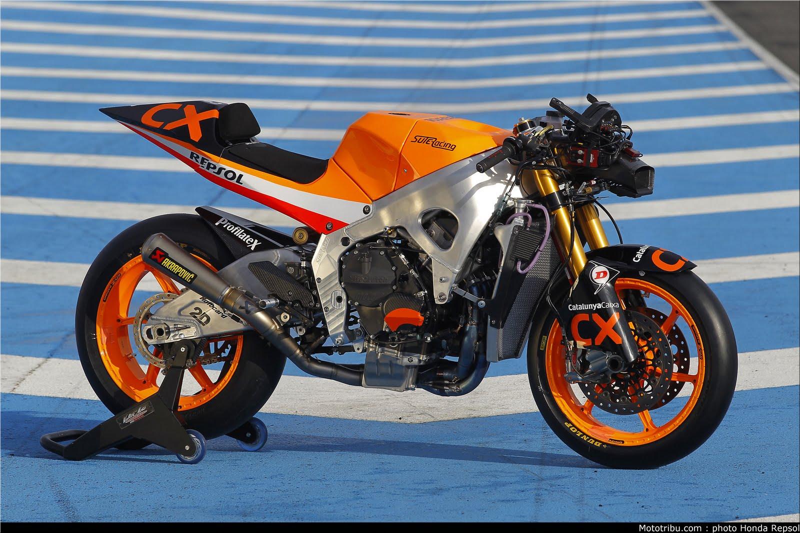Machines de courses ( Race bikes ) - Page 7 Suter%2BMMX%2BMarquez%2B2011%2B04
