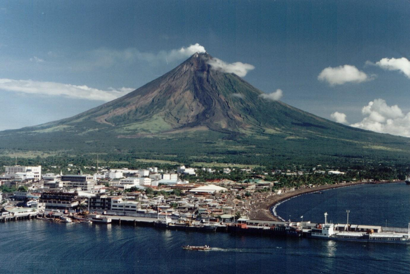 mayon volcano in philippines - photo #25