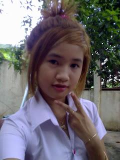 Youko Saki Lin Facebook Cute Girl Student Uniform Photo 7