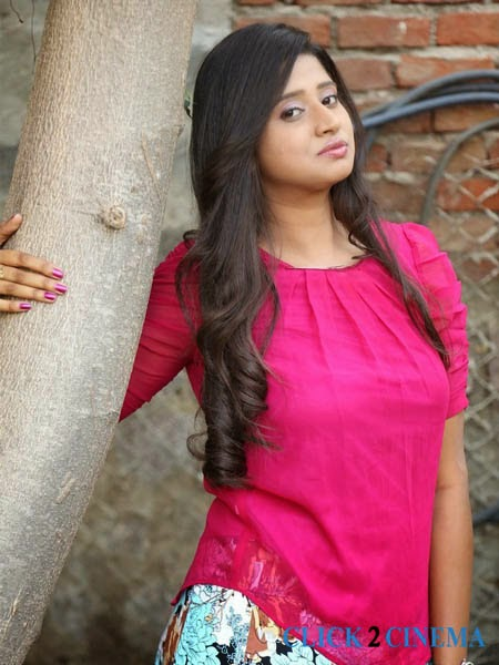 Shalini New Photos Stills