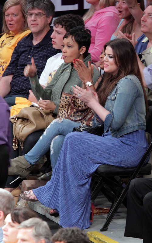 Khloe And Monica Cheer On Their Husbands At The Lakers Game…..