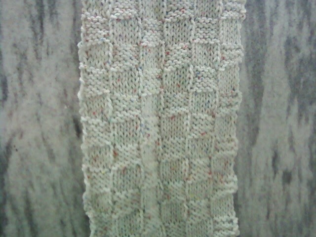 The Knitting Otaku: Checkerboard Texture Scarf
