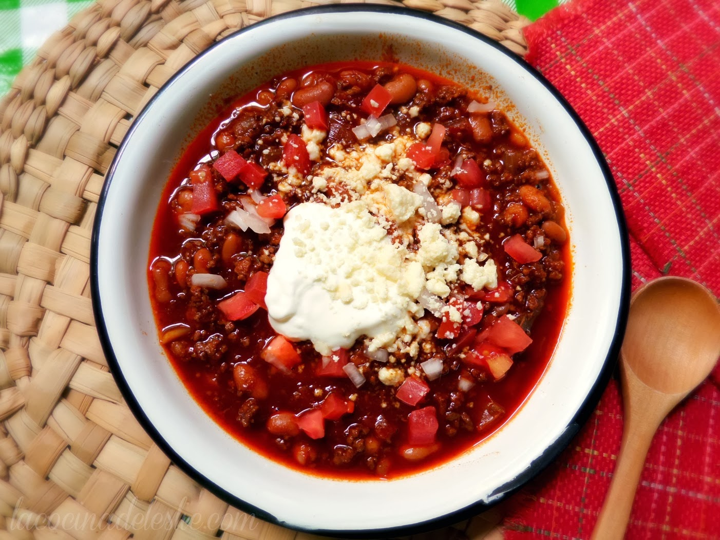 Leslie's Best Chili w/ Beans - lacocinadeleslie.com