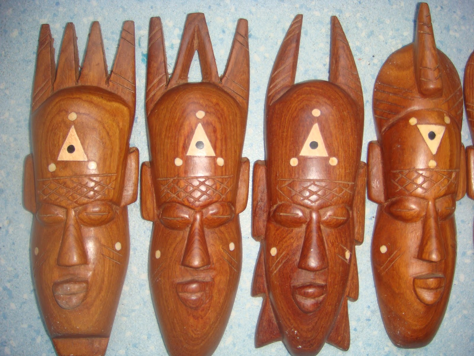 masque africain signification jour semaine