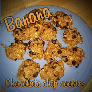 clean eating chocolate chip cookies, banana chocolate chip cookies