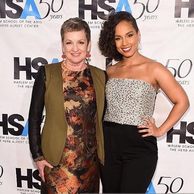 Photos Alicia Keys Shares Awards With Mom At Hsa 50th Anniversary