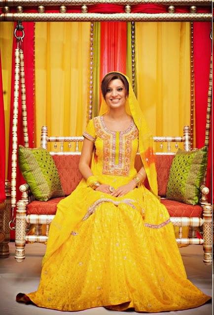 Latest Bridal Mehndi Dresses Collection 2011 6 - Bridal Mehendi Dressez