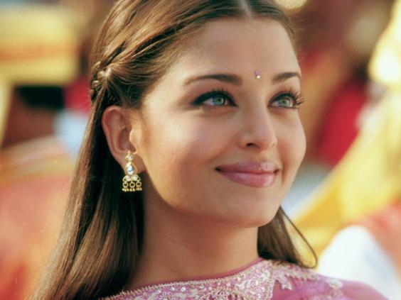 aish wallpaper. Labels: aishwarya rai photo