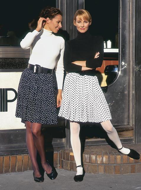 spódnica zwiewna, modna spódnica, rozkloszowana spódnica