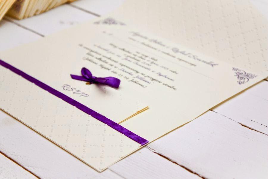 Eleganckie zaproszenia ślubne fioletowe