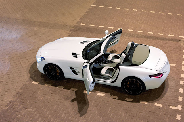 2012 Mercedes Benz SLS AMG Roadster view