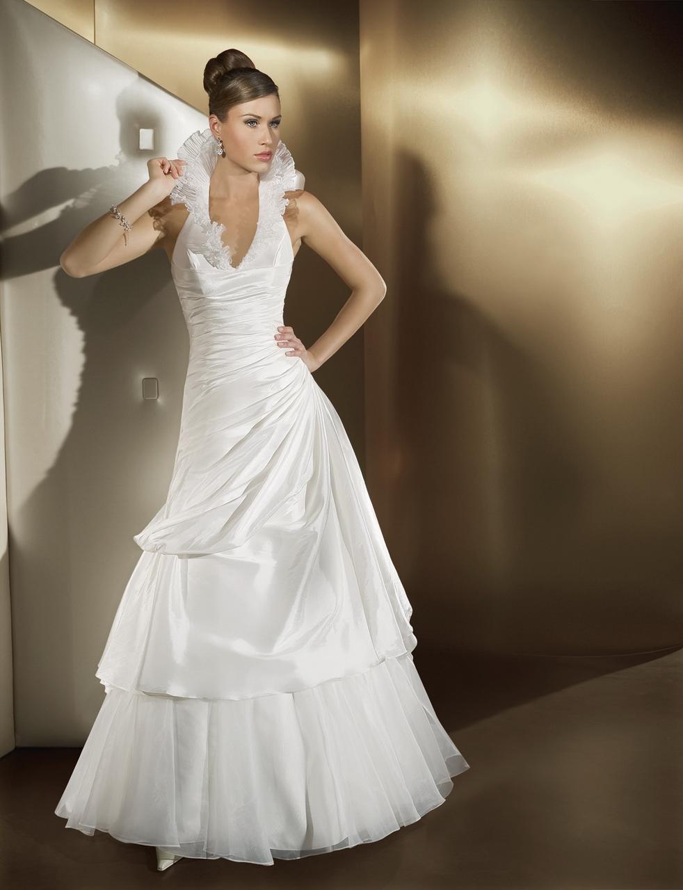 Blog For Dress Shopping Wedding Dresses 2014 New TrendRuffled Neckline